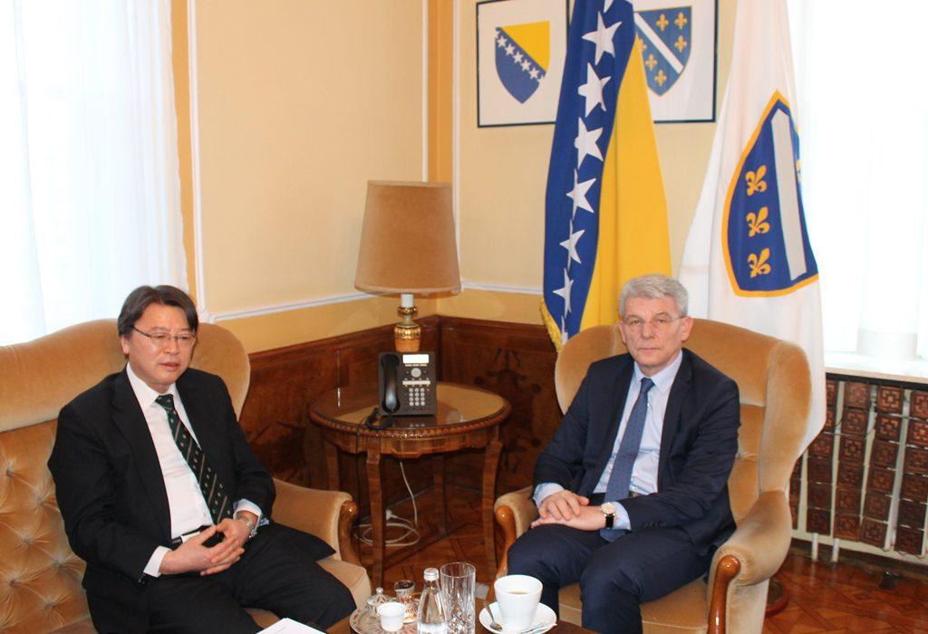Džaferović receives Ambassador of Japan to BiH Hideyuki Sakamoto