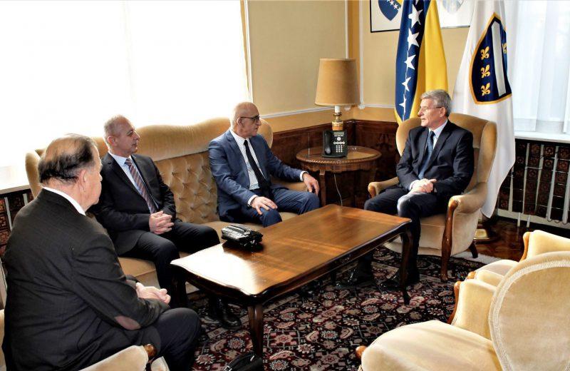 Džaferović receives a delegation of Bosniak National Council in Serbia