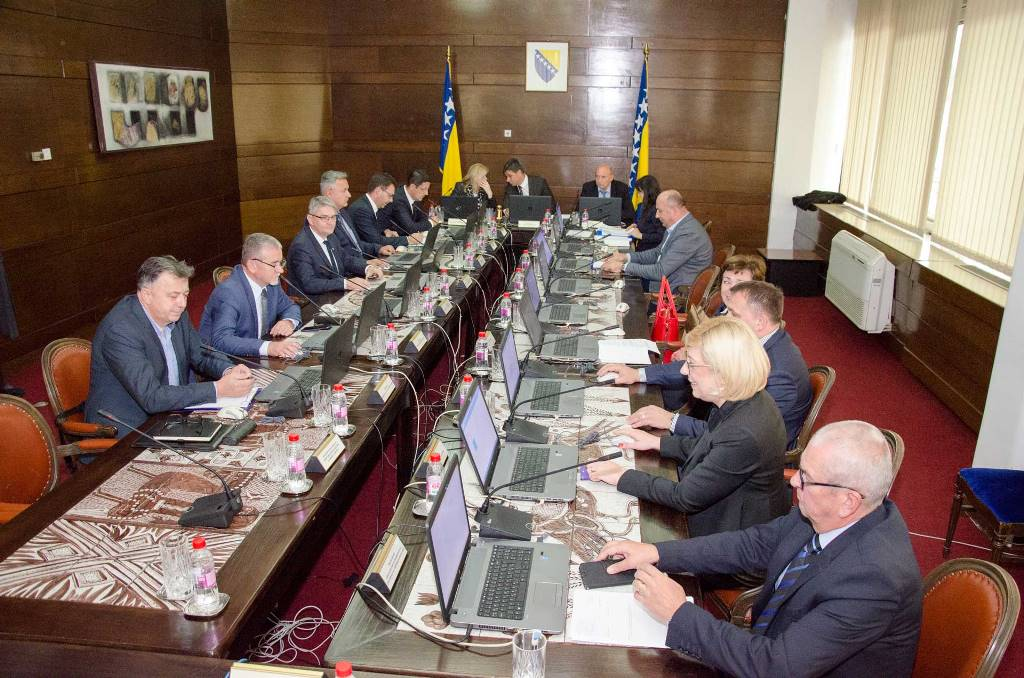 FBiH Government to hold emergency session in Sarajevo on Monday